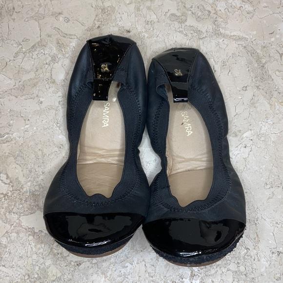 Yosi Samra Flats Black